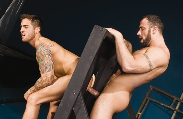 gay-sex-in-the-dungeon