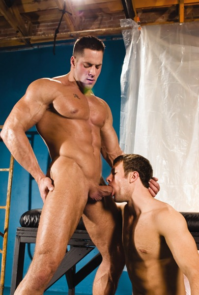 horny-gay-getting-facefucked